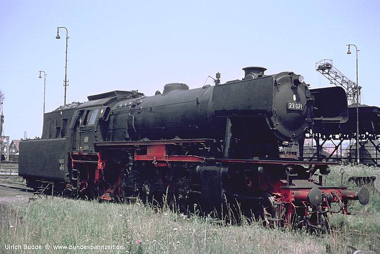 http://www.bundesbahnzeit.de/dso/Schwaben68/b11-23_021.jpg