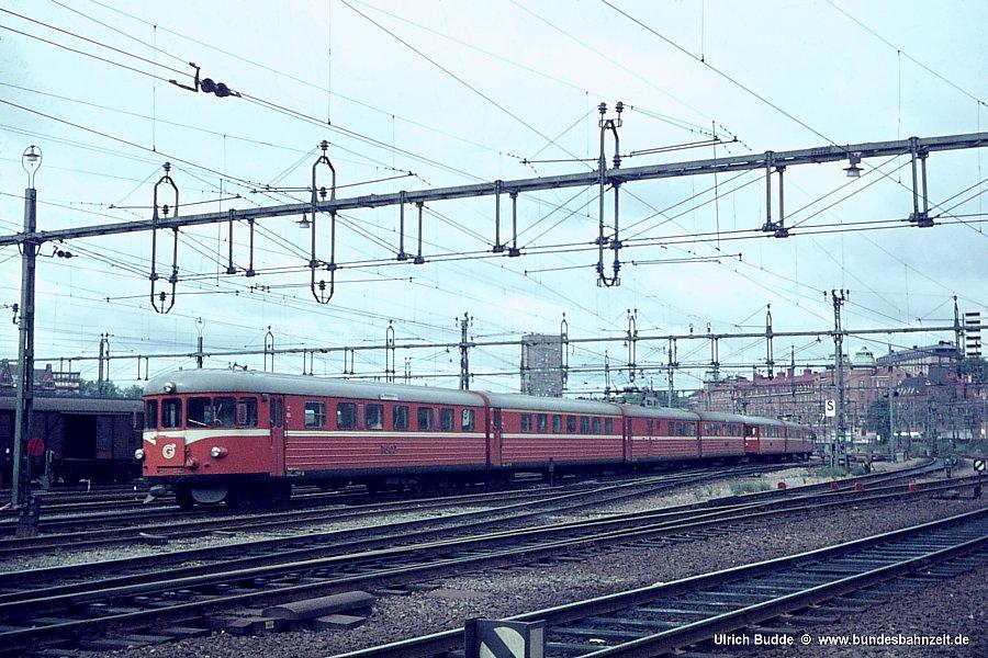 http://www.bundesbahnzeit.de/dso/Schweden67/b05-TGOJ_X20.jpg