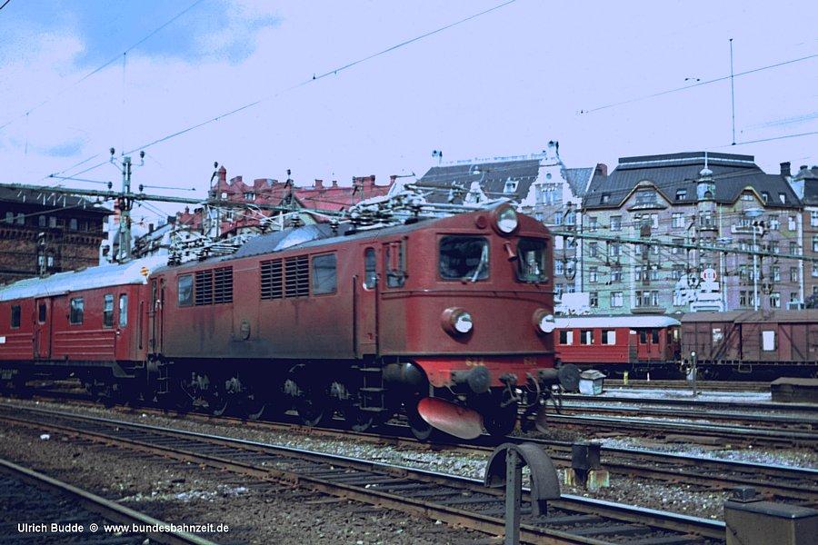 http://www.bundesbahnzeit.de/dso/Schweden67/b12-F_622.jpg