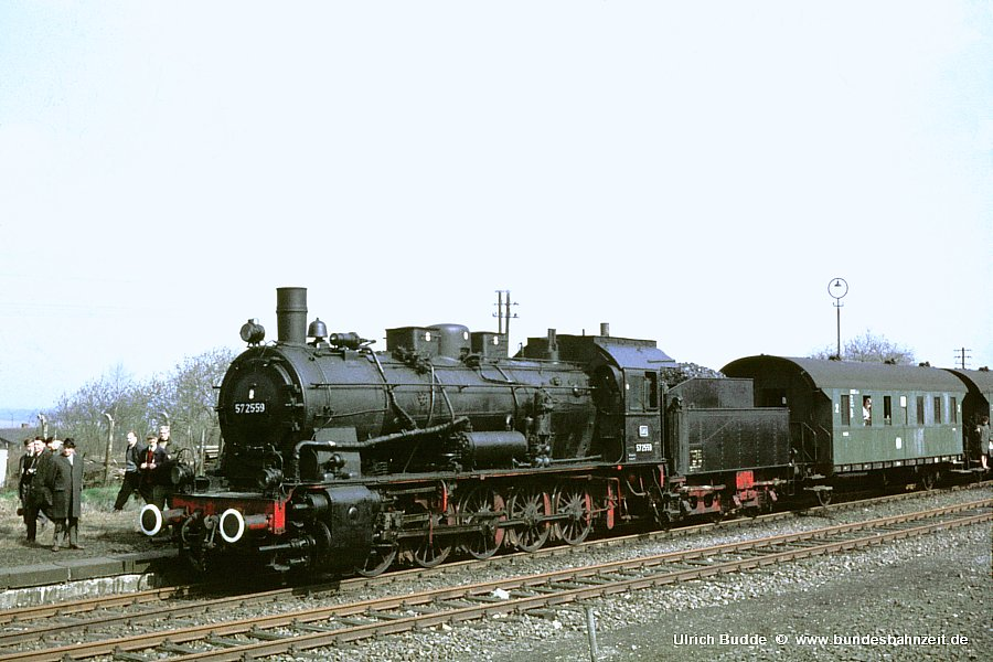 http://www.bundesbahnzeit.de/dso/Sonderfahrt-57_2559/b05-57_2559.jpg