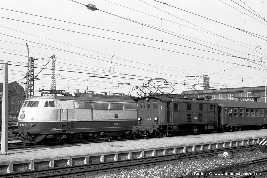 http://www.bundesbahnzeit.de/dso/Stromabnehmer_103/b03-103_003.jpg