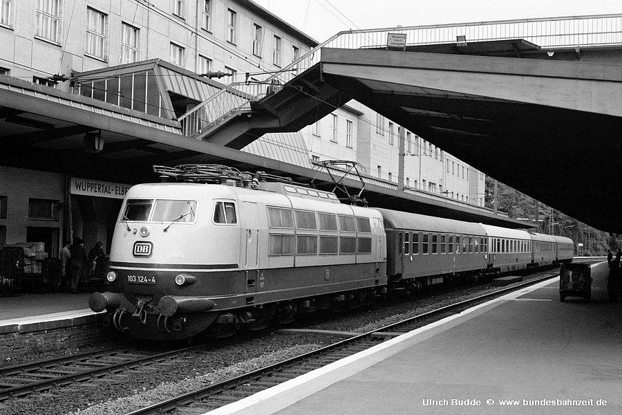 http://www.bundesbahnzeit.de/dso/Stromabnehmer_103/b10-103_124.jpg