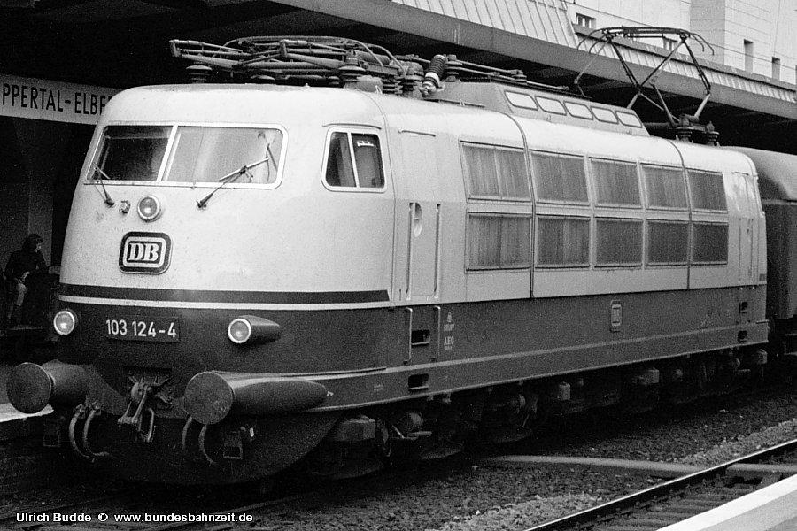 http://www.bundesbahnzeit.de/dso/Stromabnehmer_103/b11-103_124-Aus.jpg