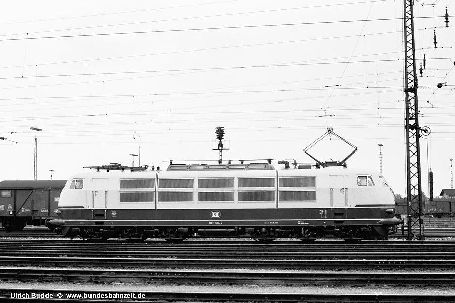 http://www.bundesbahnzeit.de/dso/Stromabnehmer_103/b14-103_196.jpg