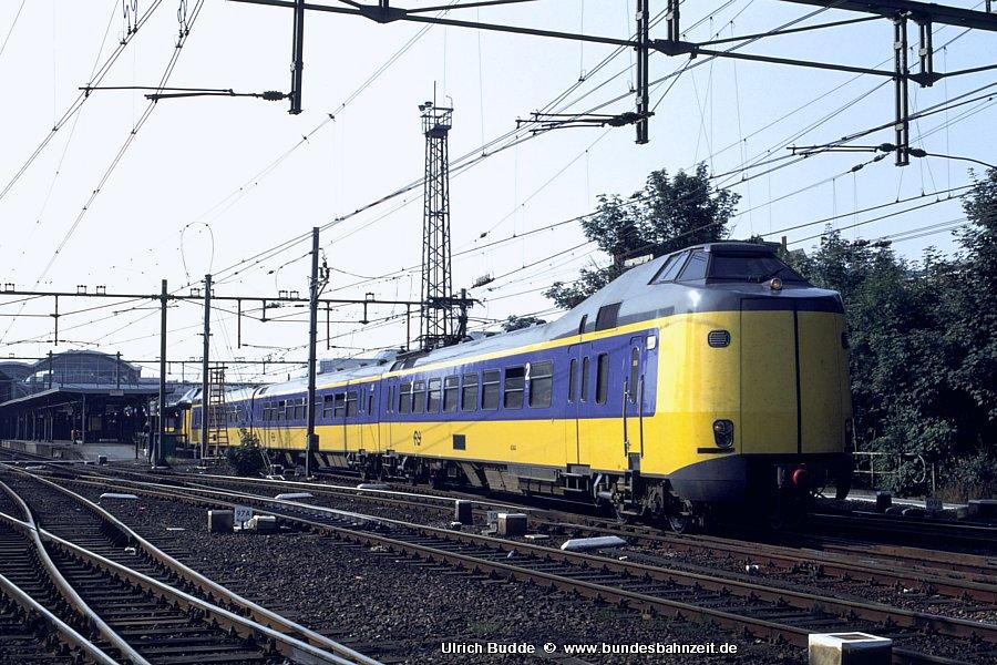 http://www.bundesbahnzeit.de/dso/Utrecht_89/b68-4044.jpg