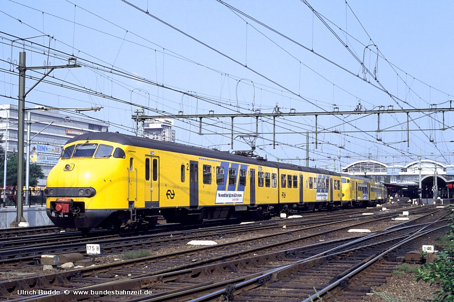 http://www.bundesbahnzeit.de/dso/Utrecht_89/b73-404.jpg