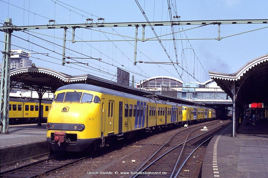 http://www.bundesbahnzeit.de/dso/Utrecht_89/b78-817.jpg