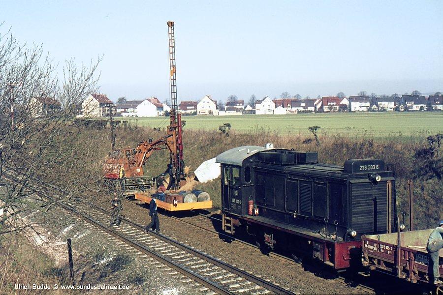http://www.bundesbahnzeit.de/dso/Wehrmachtsdiesel/b03-236_203.jpg