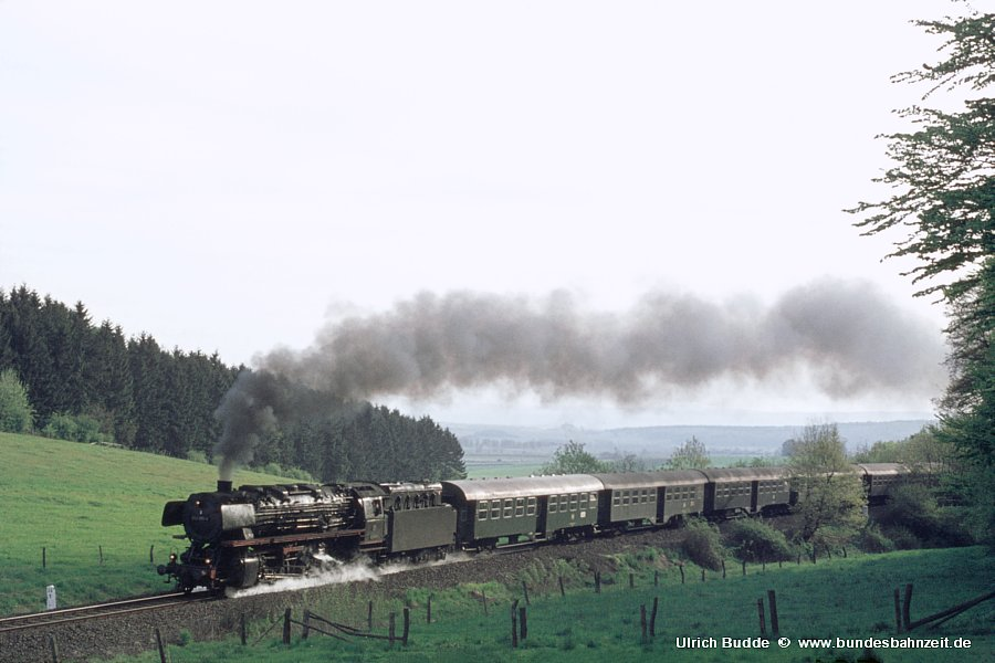 http://www.bundesbahnzeit.de/dso/Zierenberg/b02-043_085.jpg