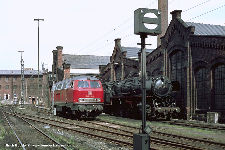 http://www.bundesbahnzeit.de/dso/Zierenberg/b08-216_211.jpg